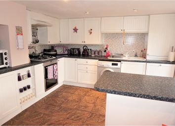 Thumbnail 3 bed terraced house for sale in Leeds Road, Heckmondwike