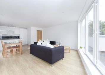 Thumbnail 2 bed flat to rent in Gresham Road, Brixton, London