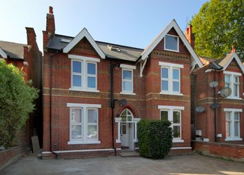 3 bed flat for sale in Perryn Road, London W3