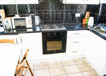 Thumbnail Flat to rent in Congreve Street, London