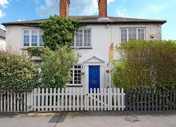 Thumbnail 2 bedroom cottage to rent in Brockenhurst Road, South Ascot