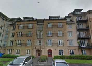 3 bed flat to rent in Powderhall Rigg, Edinburgh, Midlothian EH7