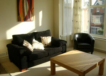 Thumbnail 1 bed flat to rent in Mansfield Road, Reading