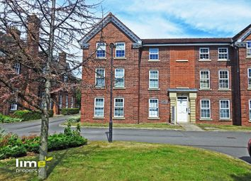 Thumbnail 2 bed flat to rent in Hessle High Road, Hull