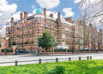 Thumbnail 4 bed flat to rent in Brook Green, London