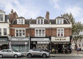 2 bed flat to rent in Broad Street, Teddington TW11