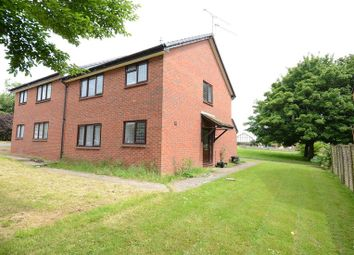 Thumbnail 1 bedroom maisonette to rent in Pickwell Close, Lower Earley, Reading