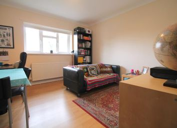2 bed flat to rent in Albany Court, Bangor Street, Roath - Cardiff CF24