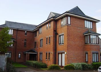 Thumbnail 2 bedroom flat for sale in Avocet Court, Fobney Street, Reading