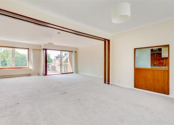 Chiswick High Road, London W4. 3 bed flat