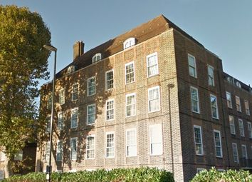 Thumbnail 1 bed flat to rent in Evelyn Street, Surrey Quays, London