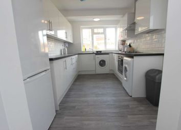 Thumbnail 4 bed terraced house to rent in Shaftesbury Road, Reading