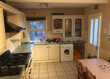 Thumbnail 6 bed shared accommodation to rent in Upper High Street, Epsom