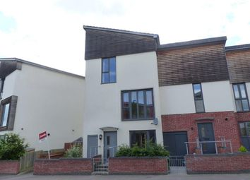 Thumbnail 3 bed town house to rent in Oxford Way, Basingstoke