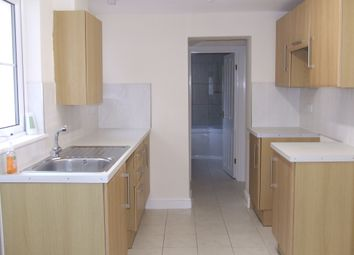 Thumbnail 1 bed flat to rent in Vicarage Lawn, Barnstaple