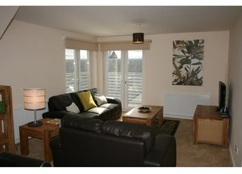Thumbnail 2 bed flat to rent in Candleriggs, Alloa