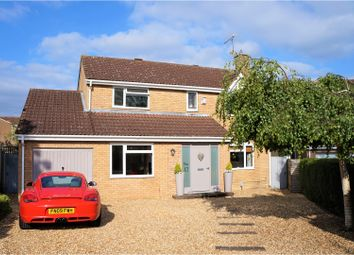 Thumbnail 4 bedroom detached house for sale in Loughborough Close, Swindon
