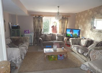 Thumbnail 3 bedroom property to rent in London Road, Wallington