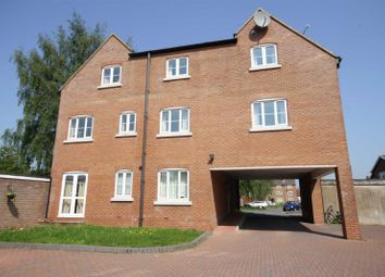 Thumbnail 2 bed flat to rent in Whites Row, Kenilworth, Warwickshire