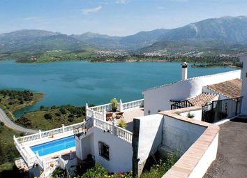 Thumbnail 4 bed villa for sale in Vinuela, Malaga, Spain