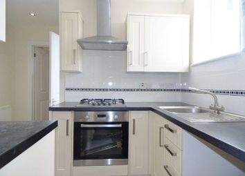 Thumbnail 2 bedroom flat to rent in New Road, Basingstoke