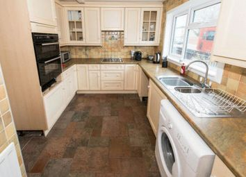 Thumbnail 3 bed terraced house to rent in Culvers Avenue, Carshalton