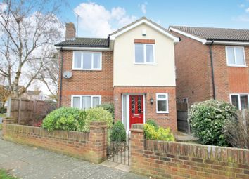 Thumbnail 3 bedroom detached house to rent in St. Vincent Drive, St.Albans