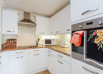 Thumbnail 2 bed flat for sale in Devonshire Road, Southampton