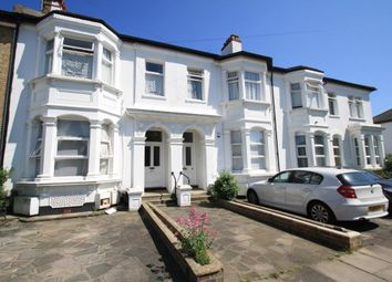 Thumbnail 1 bedroom flat to rent in Park Road, Westcliff-On-Sea