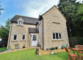 Thumbnail 4 bed detached house for sale in Monks Close, Carterton