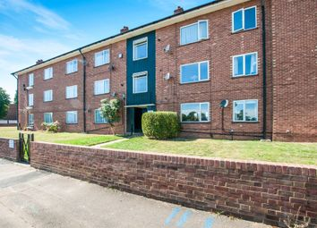 Thumbnail 3 bed flat for sale in Blenheim Road, Maidenhead