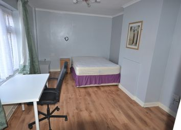 Thumbnail Room to rent in Tyndall Place, Hartshill, Stoke-On-Trent