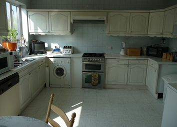 Thumbnail Room to rent in Greenbank Crescent, Hendon, London