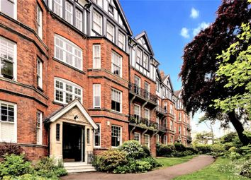 Brookfield Mansions, Highgate West Hill, Highgate N6. 2 bed flat