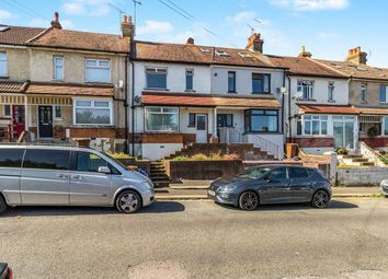 Thumbnail 3 bed terraced house to rent in Elm Avenue, Chatham