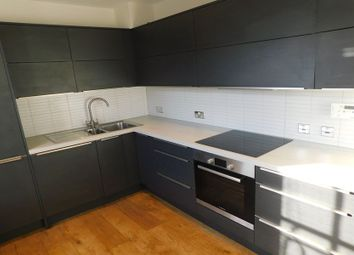 High Street, High Wycombe HP11. 1 bed flat