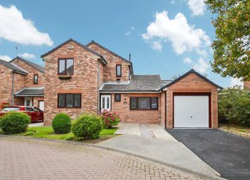 Thumbnail 3 bed detached house to rent in The Close, Sutton, Hull
