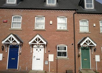 Thumbnail Room to rent in Hodder Grove, West Bromwich