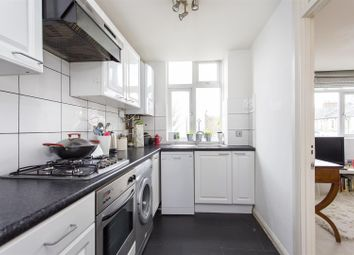 Thumbnail 1 bed flat to rent in Shiplake Court, Leconfield Road