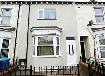 Thumbnail 3 bedroom terraced house for sale in Hawthorn Avenue, Hull