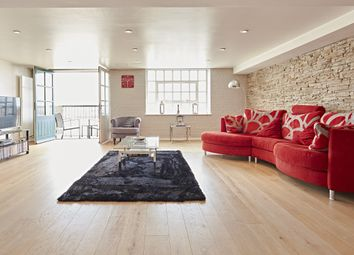 Thumbnail 2 bed flat to rent in Merchant Court, Wapping