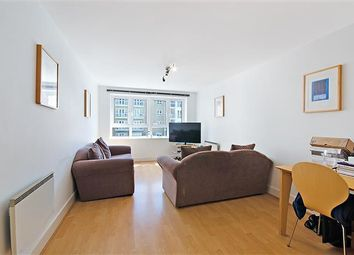 Thumbnail 1 bed flat to rent in St. Davids Square, Westferry Road, Nr Canary Wharf, London