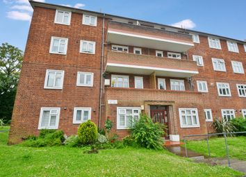 Thumbnail 2 bed flat for sale in Althorne Gardens, London