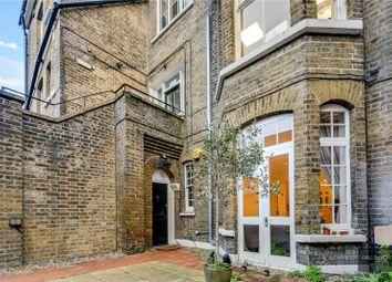 Cambridge Park, Wanstead, London E11. 3 bed flat for sale