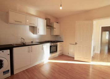 Thumbnail 2 bed flat to rent in Credenhill Street, London