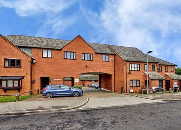 Thumbnail 2 bed flat to rent in Saddlers Mews, St Albans, Herts