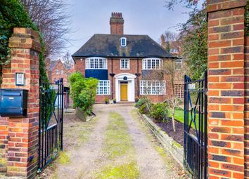 Thumbnail 5 bedroom detached house to rent in Netherhall Gardens, London