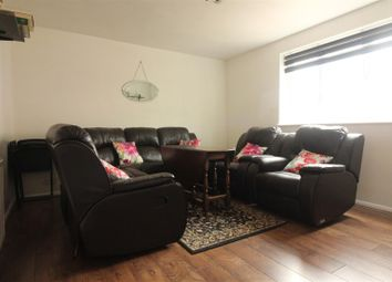 Thumbnail 1 bedroom flat for sale in Hermitage Road, London