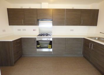 Thumbnail 2 bed flat to rent in 11 Springfield Gardens, Glasgow