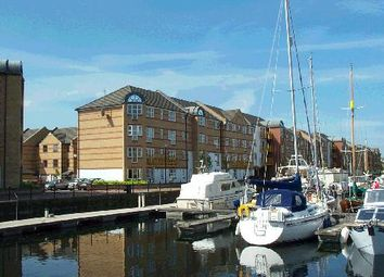 Thumbnail Studio to rent in 1 Transom Close, Surrey Quays, London